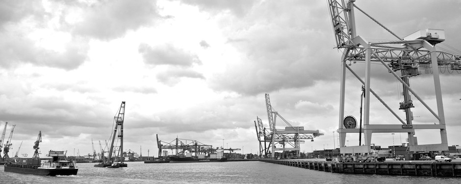 Im Hafen von Rotterdam